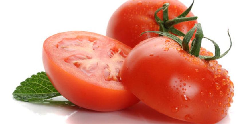 5foodsecretsforhealthiermoreyouthfulskin-tomatoes1234